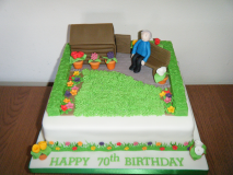gardening-cake-shed-and-box-hedges