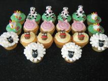 farm-animal-cupcakes