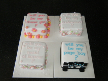 mini-cakes-page-boy-flower-girl-ect