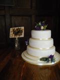 3t-ivory-cake-lace-wedding-cake