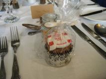cupcake-wedding-favours