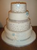 winter-wedding-sparkles-and-snowflakes